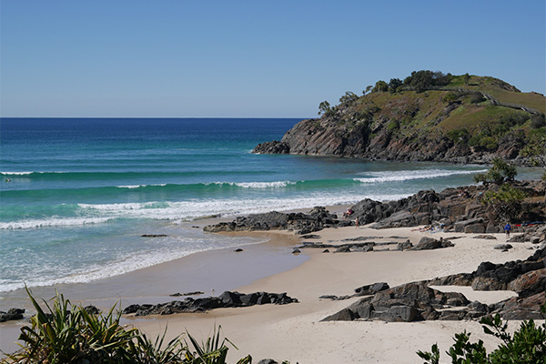 beautiful beach and cliffs at Cabarita headland